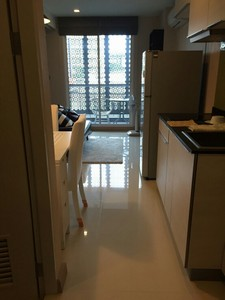 Tree condo sukhumvit 42 a 7-minute walk from Phra Khanong BTS rent only 22K