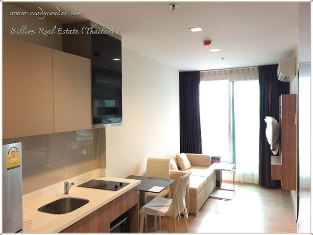 For rent Rhythm Sathorn near to Sathorn Road and BTS Taksin